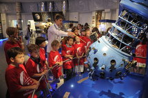 © RIA Novosti. / Grigory Sysoev  Planetarium excursions never fail to entertain both children and adults